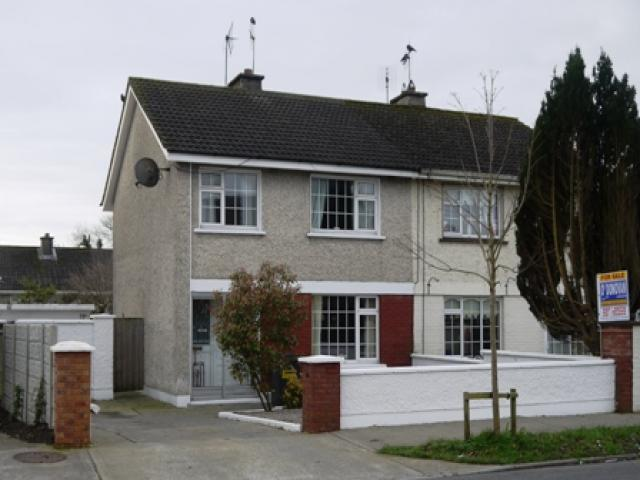 3 Bed Semi Detached, Newcastle West
